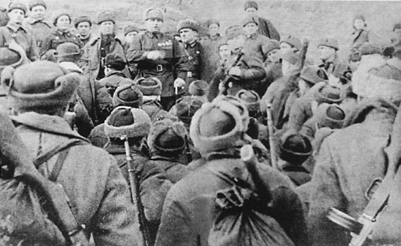 Chuikov addresses troops