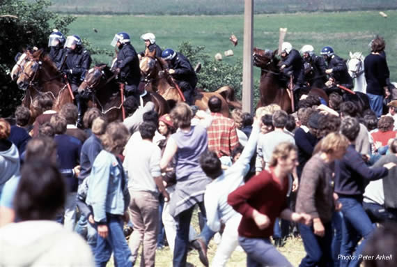Police cavalry charge at Orgreave